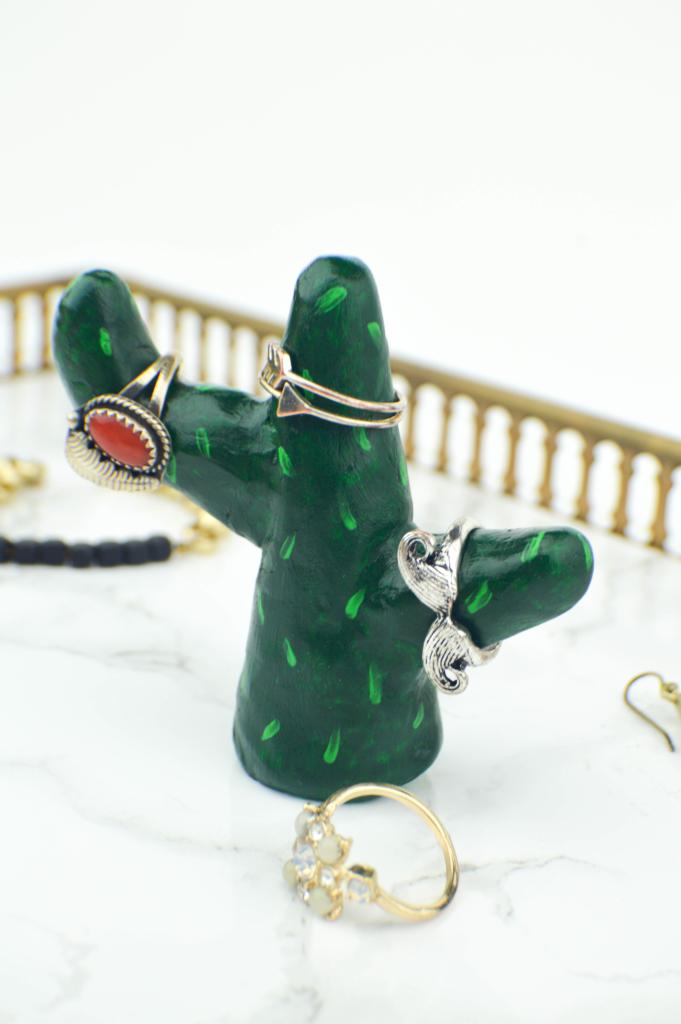 diy-cactus-ring-holder