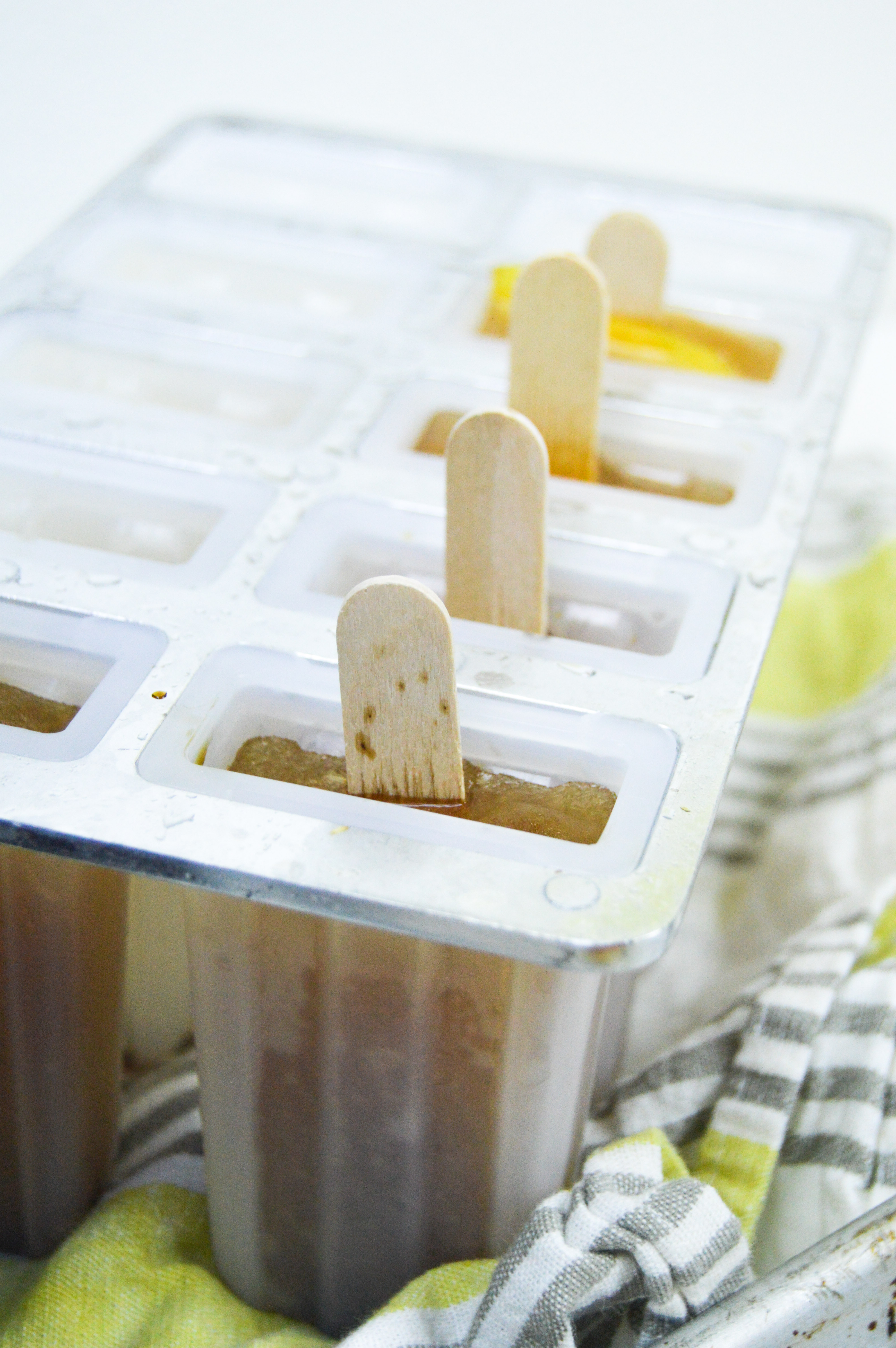 Iced Tea Popsicles | www.clubcrafted.com
