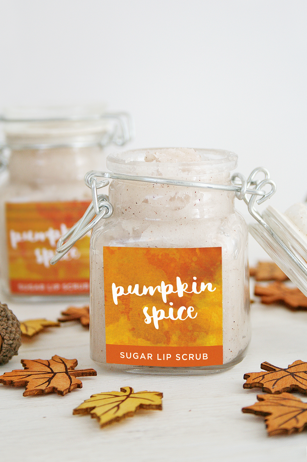 DIY Pumpkin Spice Sugar Lip Scrub + Free Printable