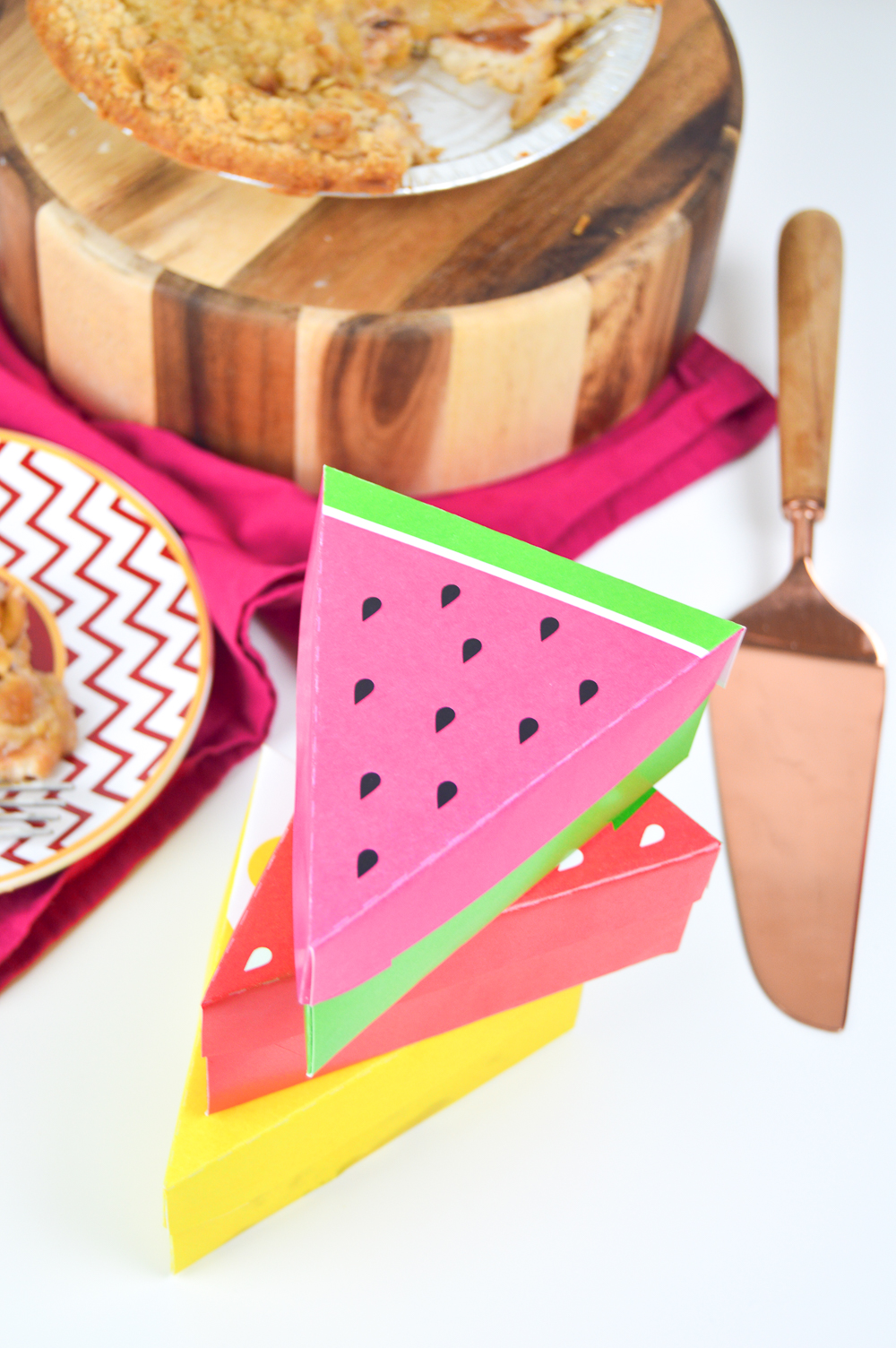 DIY Printable Fruit Slice Pie Boxes | Club Crafted