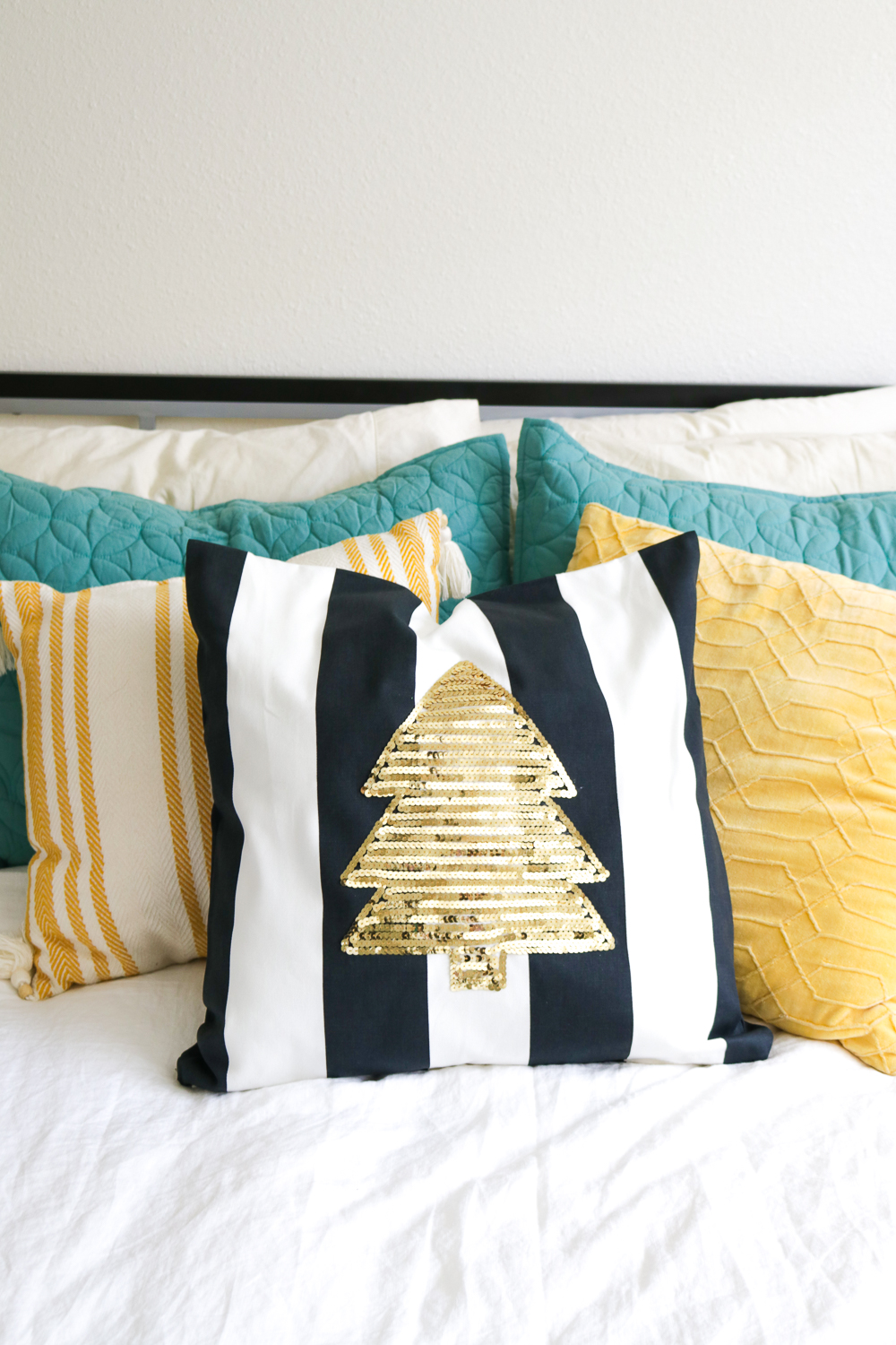 DIY Sequin Tree Pillow for Christmas | Club Crafted