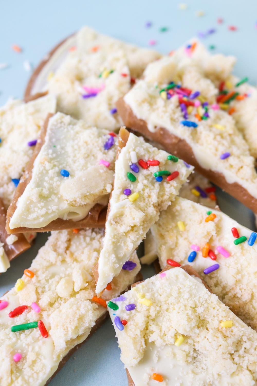 Sugar Cookie Toffee Recipe   Club Crafted