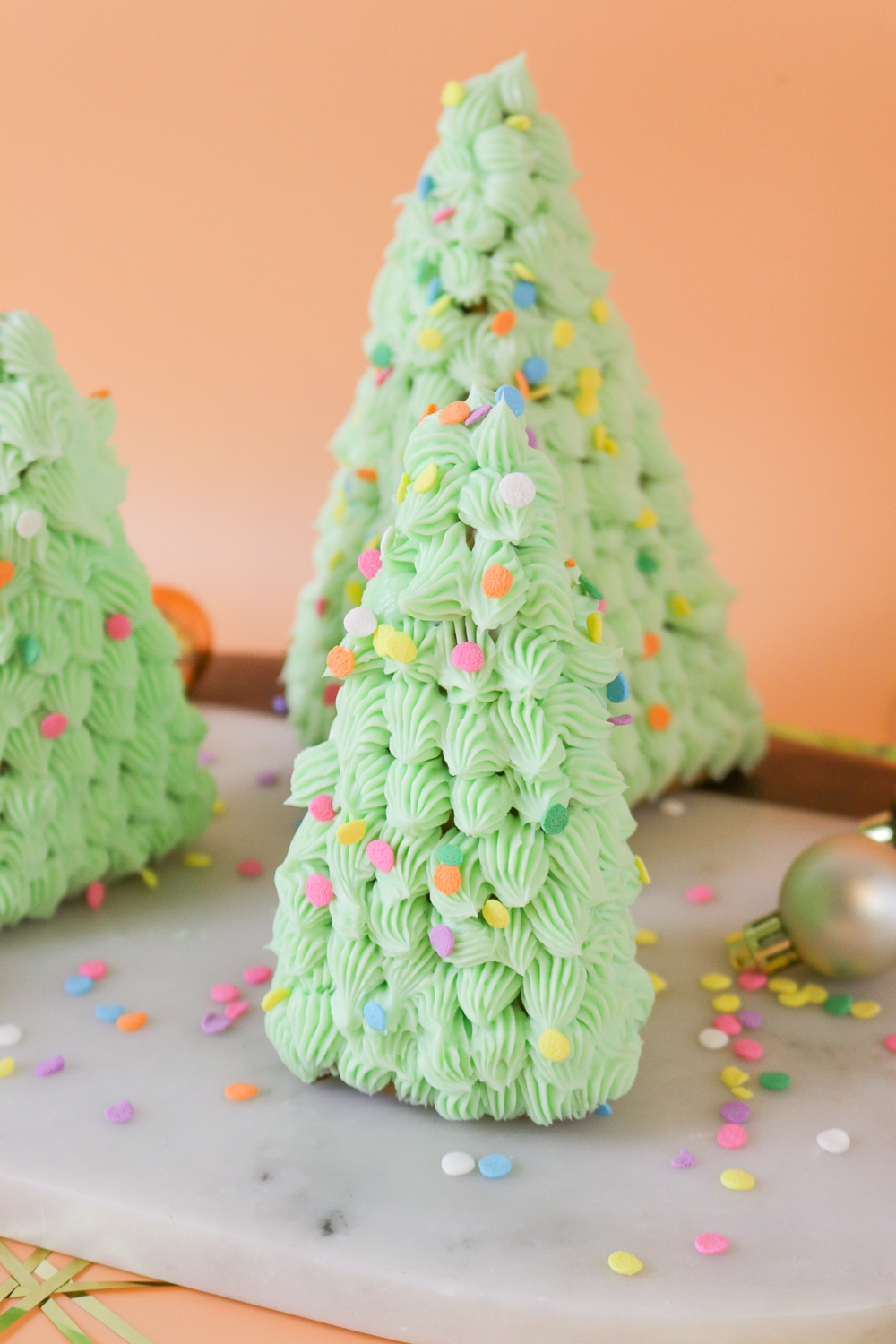 DIY 3D Gingerbread Trees | Club Crafted