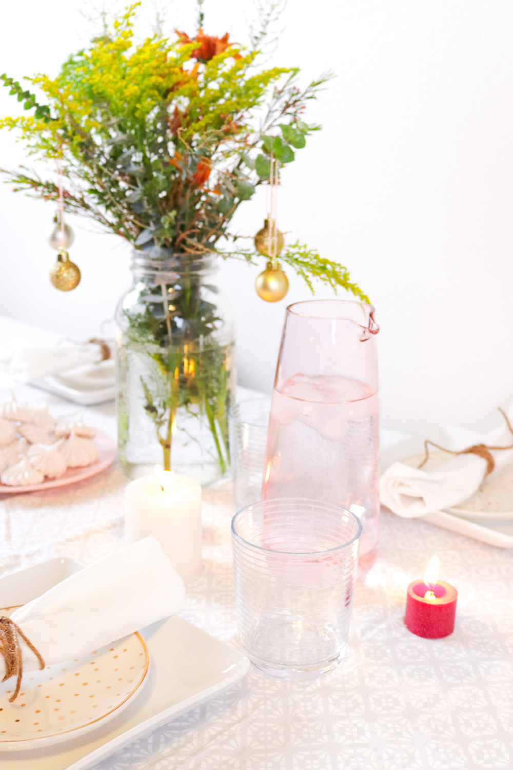 Holiday Table Decor | Club Crafted