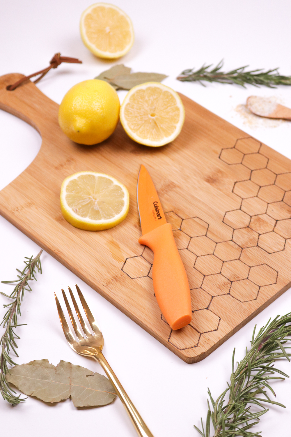 diy-honeycomb-wood-burned-cutting-board-7