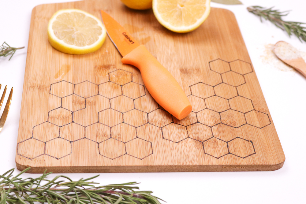 diy-honeycomb-wood-burned-cutting-board-9