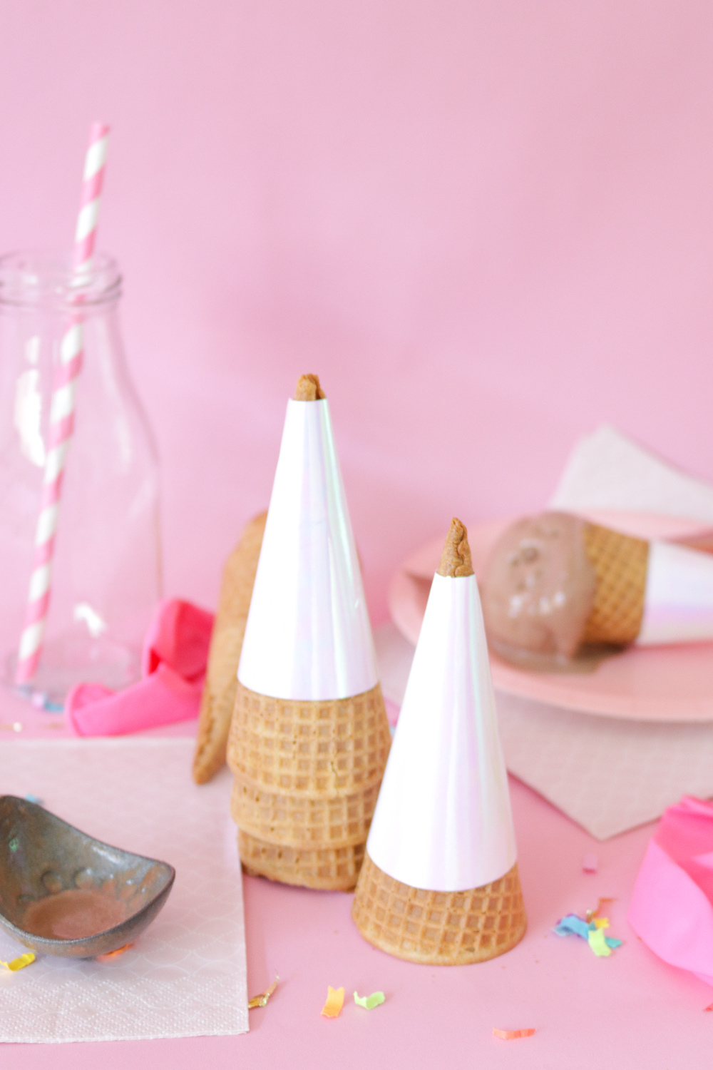 DIY Holographic Ice Cream Wrappers | Club Crafted