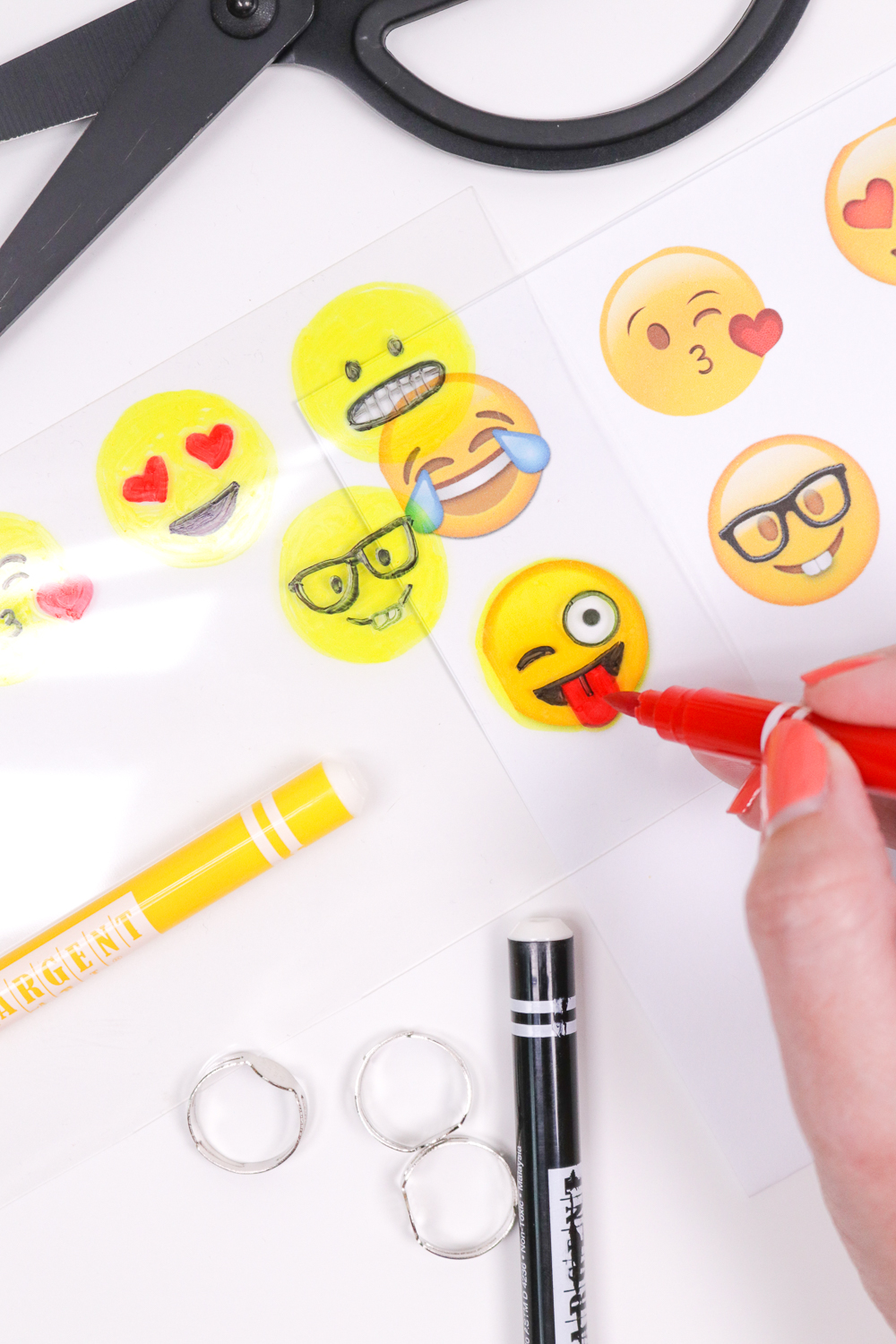 DIY Emoji Rings | Club Crafted