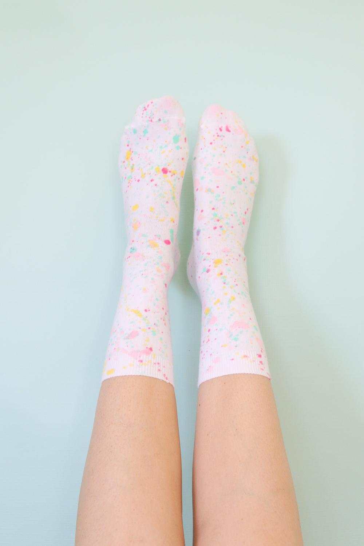 DIY Splatter Painted Socks   Club Crafted