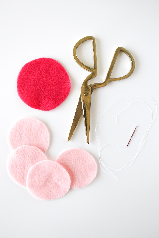 DIY Macaron Cat Toys | Club Crafted