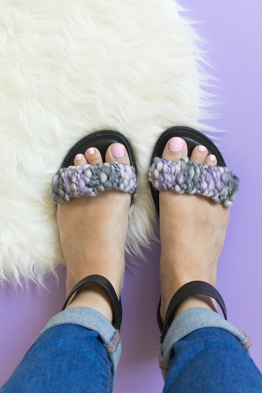 942d660e74d8f5 Quick Fix! DIY Woven Sandal Straps