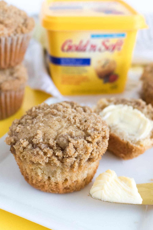 Apple Crumb Muffins Recipe   Club Crafted