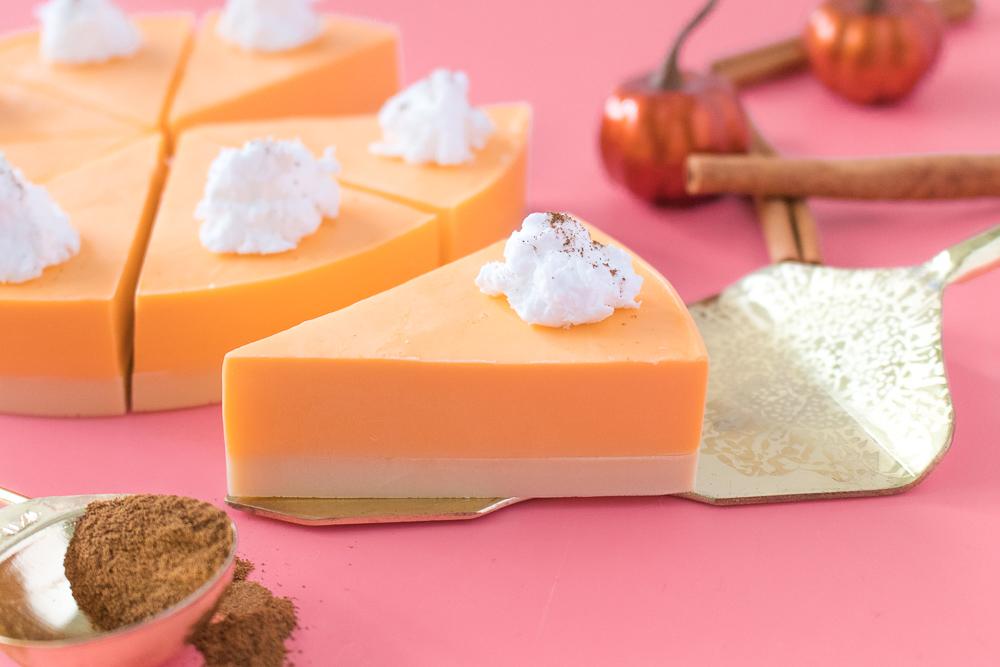 DIY Pumpkin Pie Soap   Club Crafted