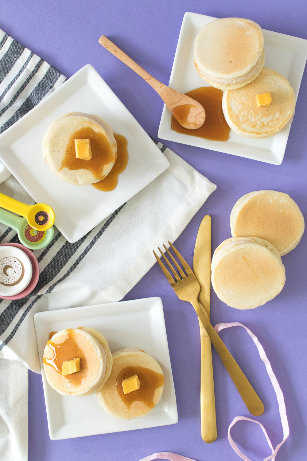Syrup + Pancake Whoopie Pies | Club Crafted
