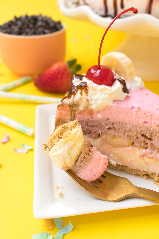 No-Bake Banana Split Cheesecake | Club Crafted