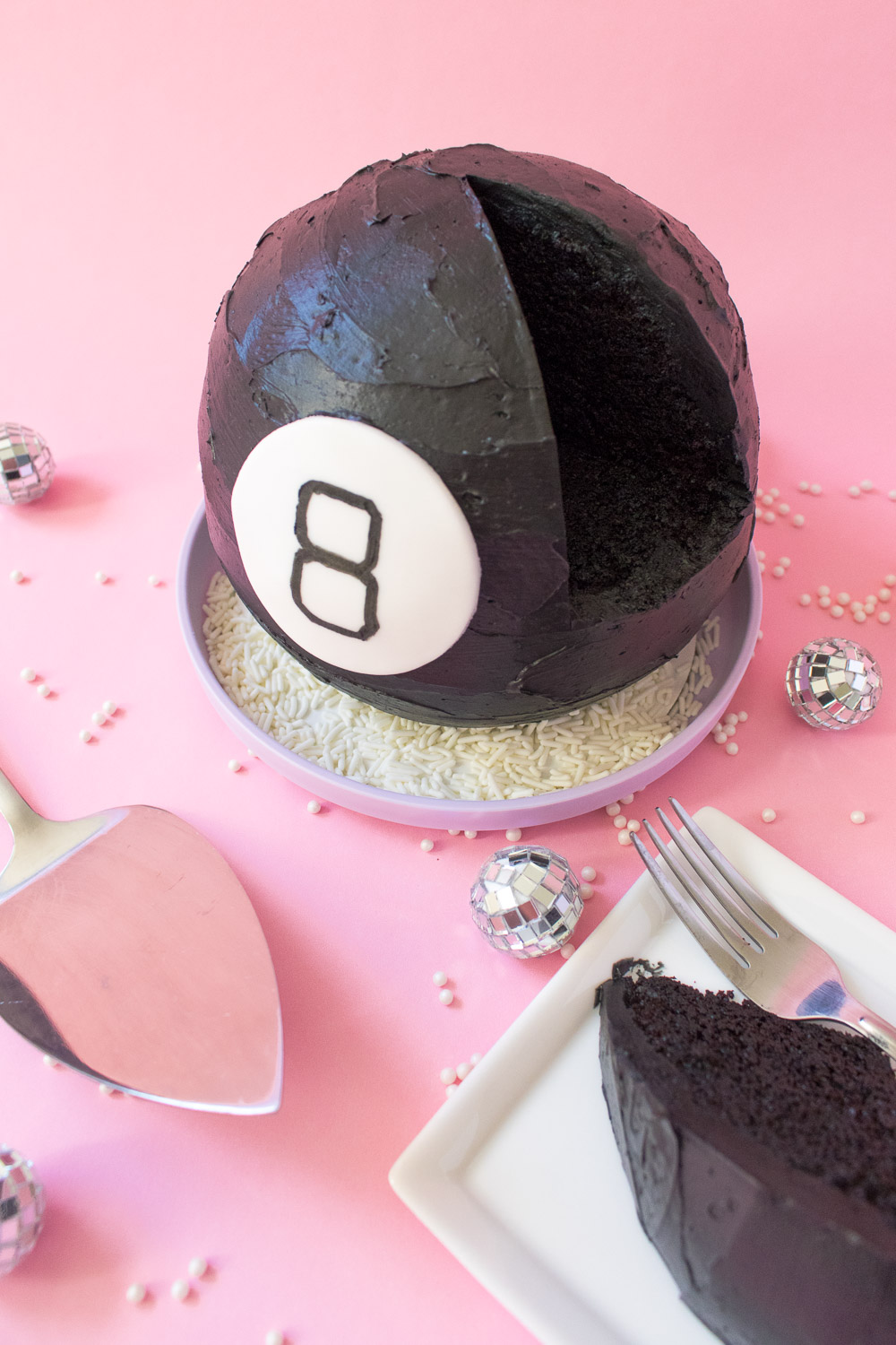Magic 8 Ball Cake | Club Crafted
