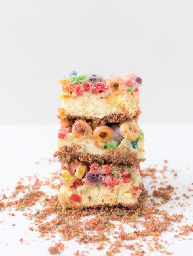 Fruit Loops Cheesecake Bars | Club Crafted