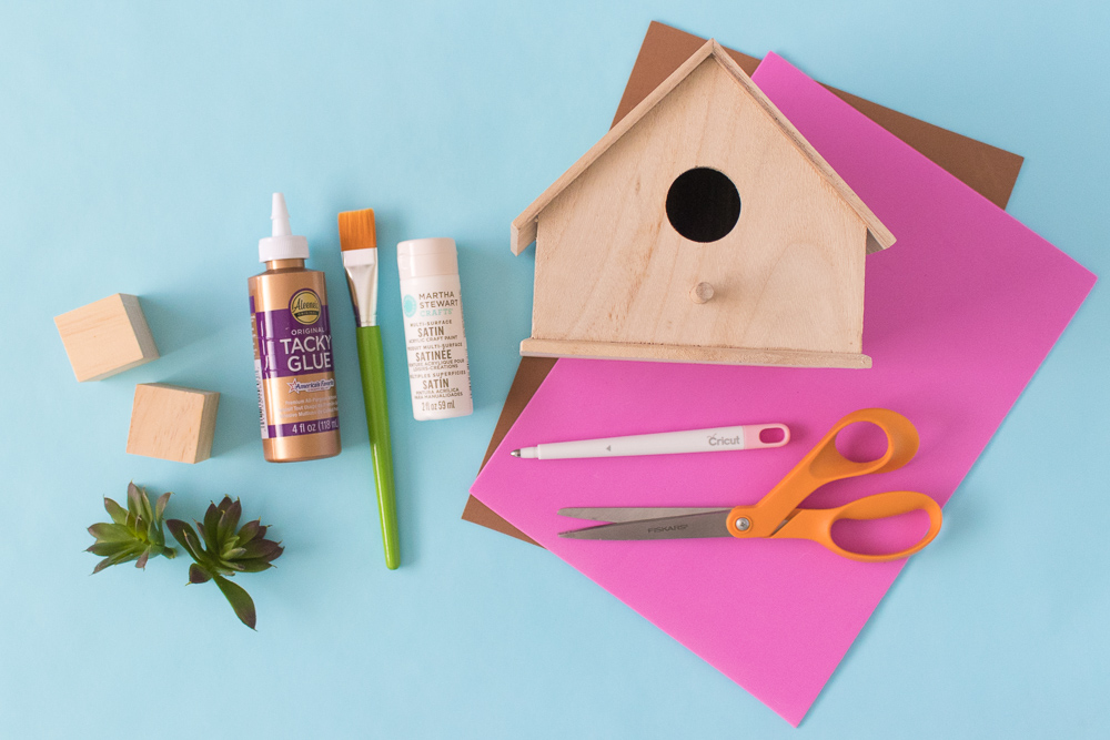 #thatpinkdoor DIY Palm Springs Birdhouse | Club Crafted