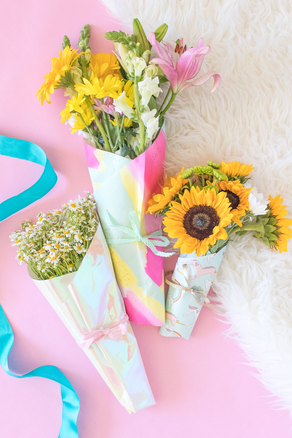 How To Wrap A Bouquet Of Flowers With Wrapping Paper