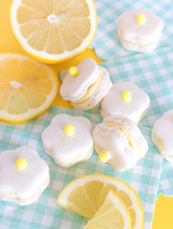 Flower Power! Lemon Daisy Macarons