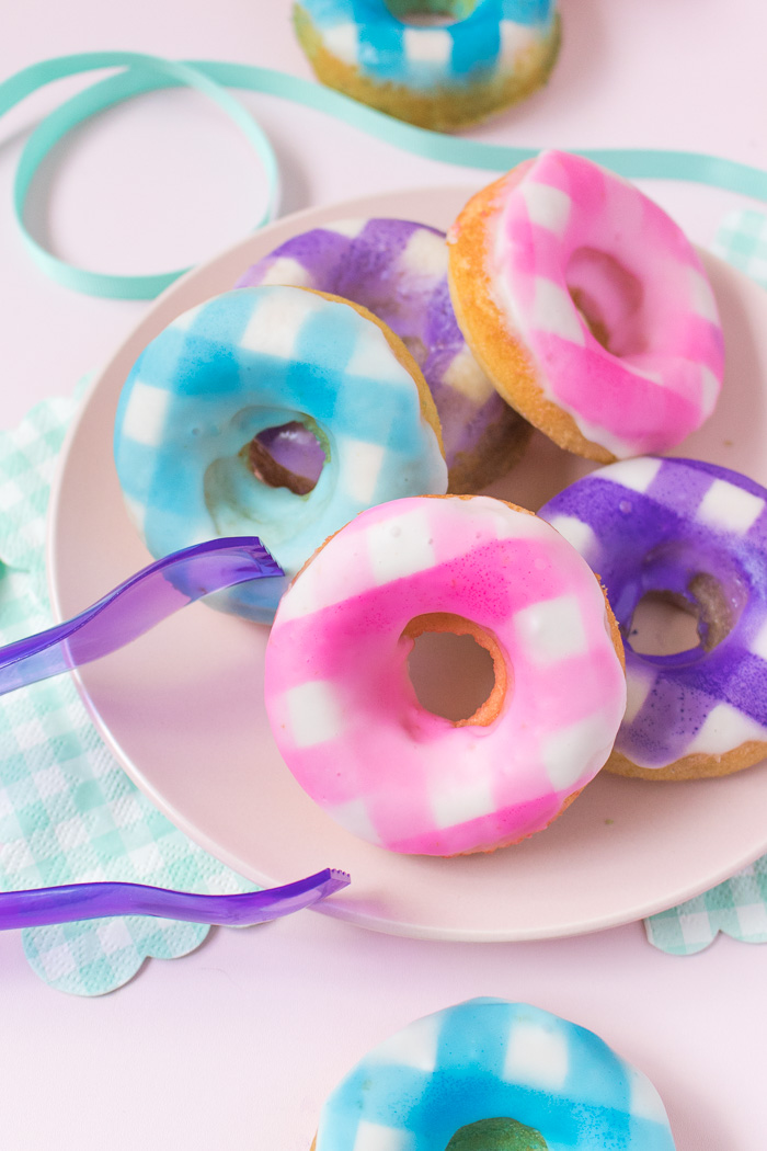 How to Make Gingham Donuts | Club Crafted