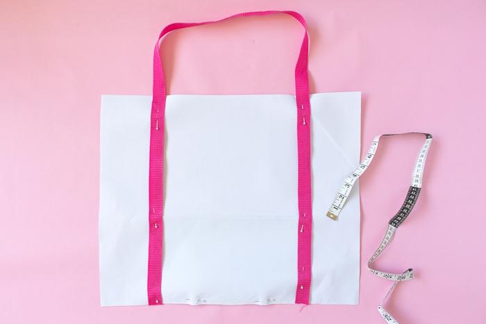 DIY Chill Pill Duffle Bag (Gym Bag)   Club Crafted