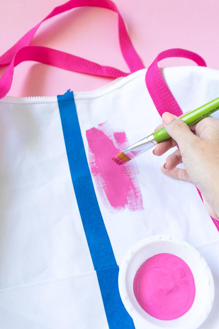 DIY Chill Pill Duffle Bag (Gym Bag) | Club Crafted