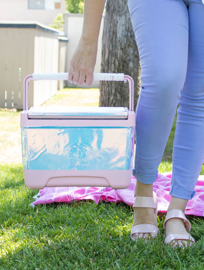 DIY Holographic Cooler (Ice Chest) | Club Crafted