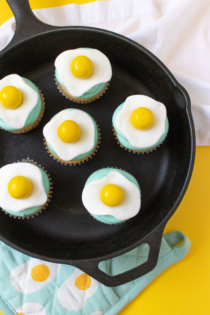Fried Egg Cupcakes | Club Crafted
