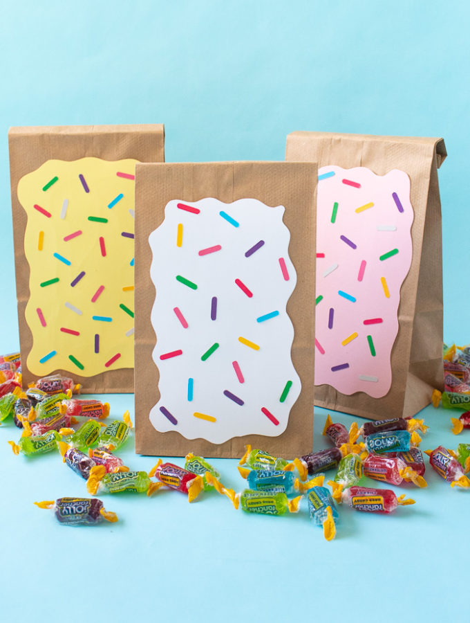 DIY Pop Tart Treat Bags | Club Crafted