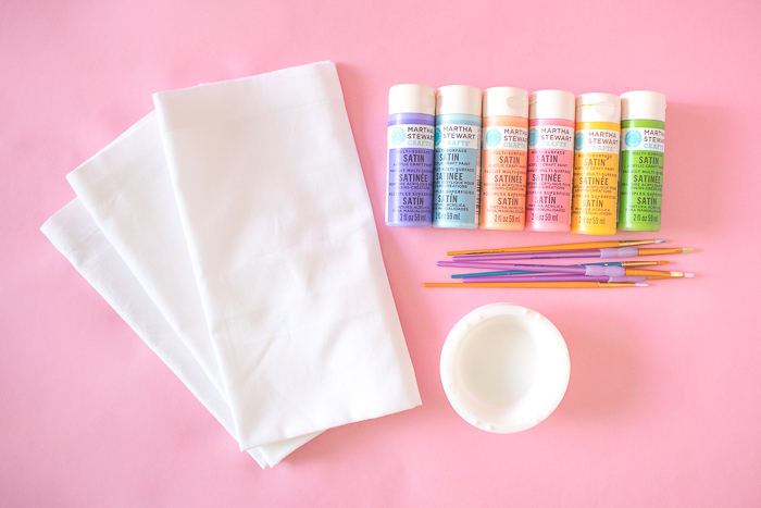 DIY Rainbow Painted Grid Napkins | Club Crafted