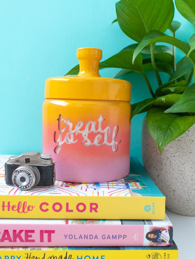 DIY Gradient Treat Jar (+ Printable Label) | Club Crafted