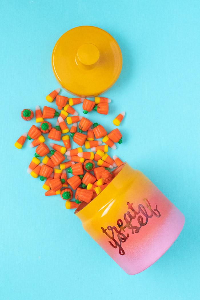 DIY Gradient Treat Jar (+ Printable Label) | Club Crafted