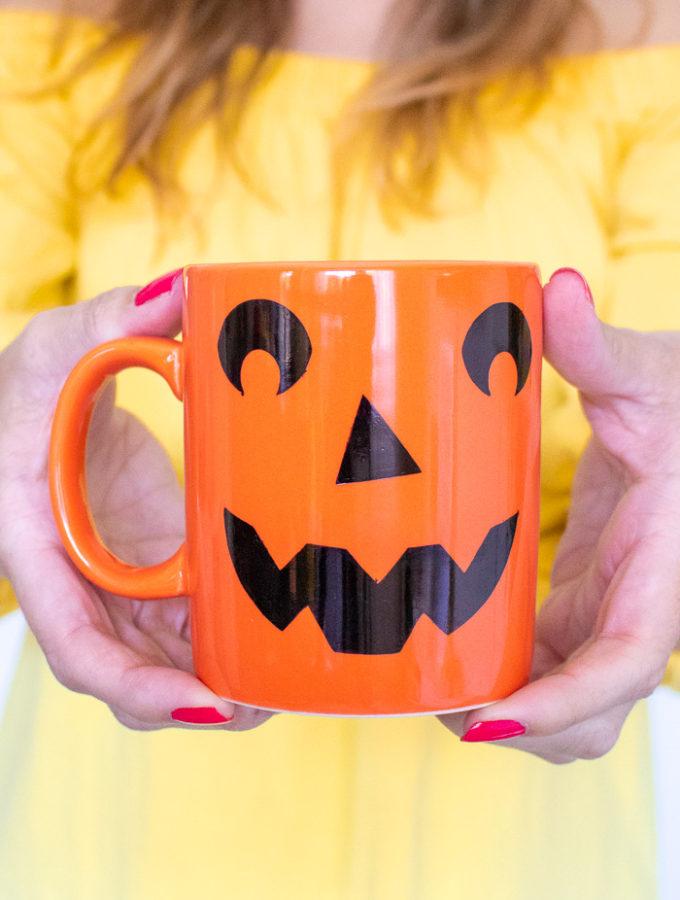 DIY Easy Jack-O-Lantern Mug (+ Free Template!)