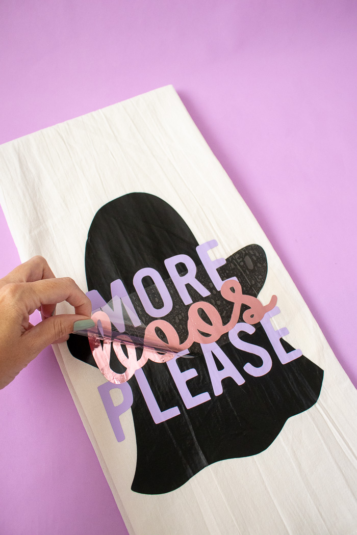 DIY Punny Halloween Dish Towels (+ Free Templates!) | Club Crafted