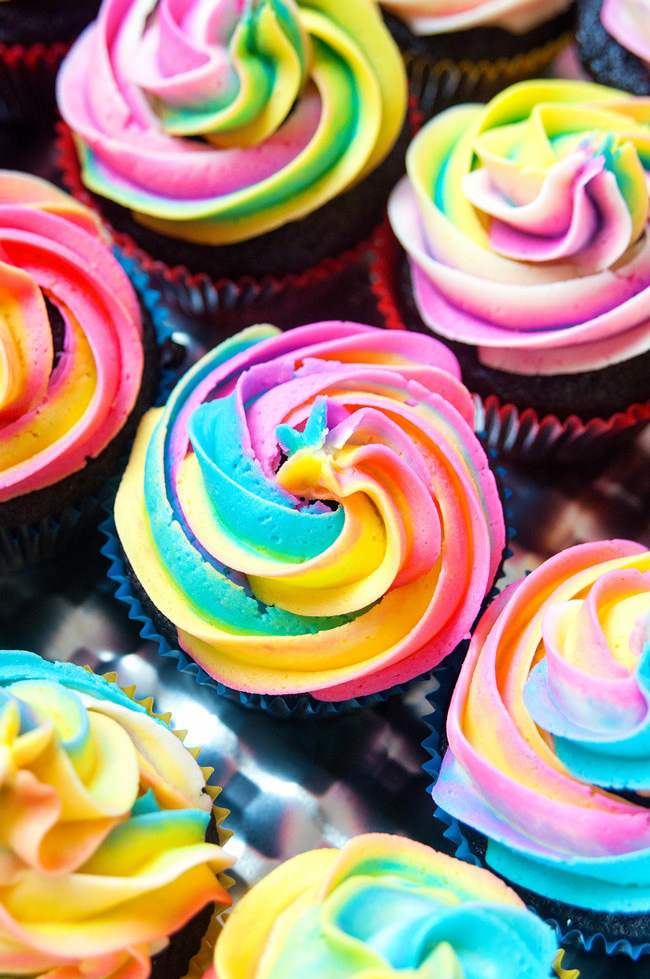 45 Rainbow Foods for Every Occasion / Club Crafted