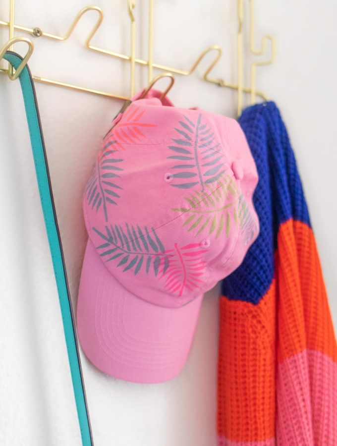 DIY Palm Leaf Baseball Cap Makeover //
