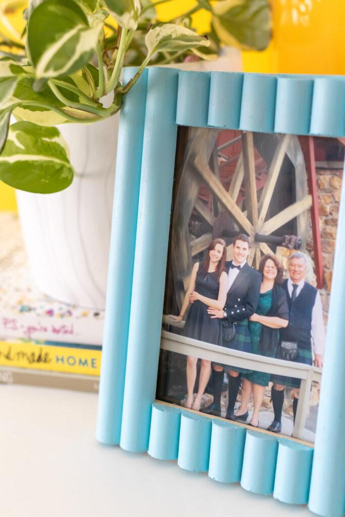 closeup of trim on photo frame