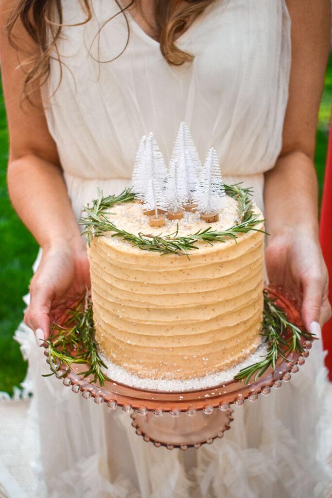 simple homemade wedding cake for winter wedding